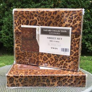 Leopard print twin sheet set NEVER USED